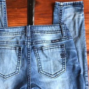 Miss Me Skinny Jeans 👖